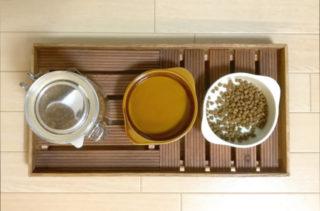 猫のご飯コーナー・100均アイテムでつくる手作り餌台のご紹介